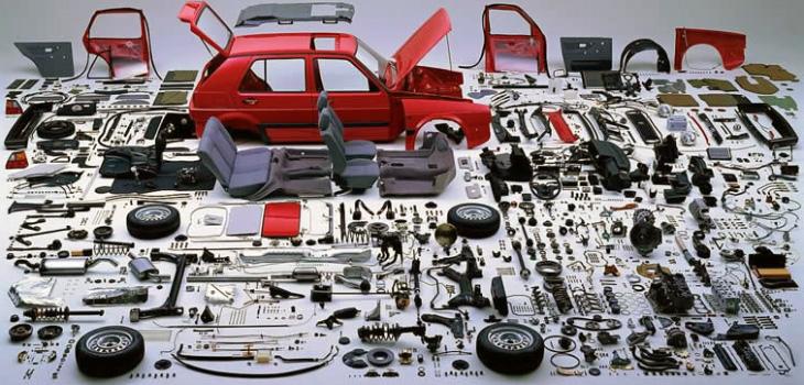 Але, все ж таки, уточніть у продавця чи це його автомобіль чи він його перепродує. Попросіть його розповісти історію авто. Власник буде впевнено говорити, розповідаючи про подробиці. Перекупник буде знайомий з автомобілем лише в загальних рисах.