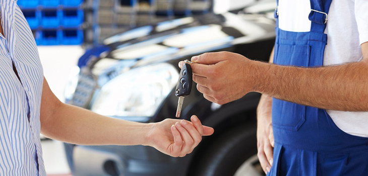 В автомобільних сервісах працюють точно такі ж люди як і ви!